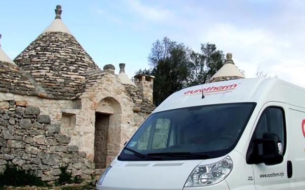 Pavimento radiante nell'antico trullo in Puglia