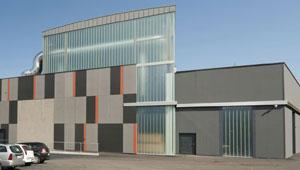 Soffitto radiante acustico per la nuova sede della casa editrice Athesia a Bolzano