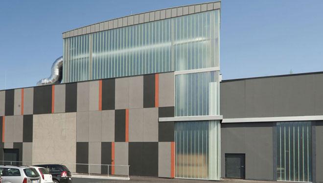 Comfort radiante per la nuova sede della Athesia Druck a Bolzano (Foto: Rubner Holzbau)