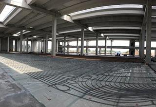 Sistema radiante a pavimento per climatizzare il nuovo stabilimento produttivo Vimar