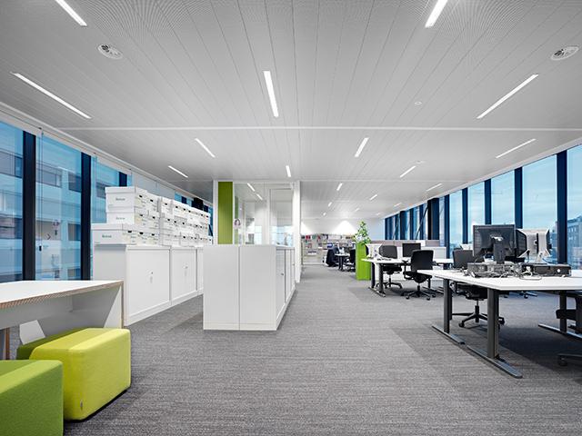 soffitto radiante metallico EASY-KLIMA uffici grandi superfici centri commerciali terziario